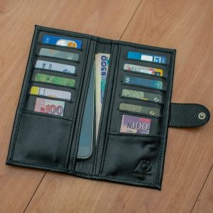 Strapless Compact Wallet